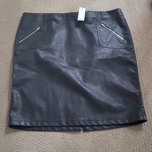 Dex faux leather skirt